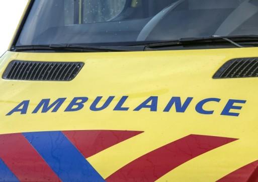 Tilburgse gewond na ongeval met drie auto's in Waalwijk