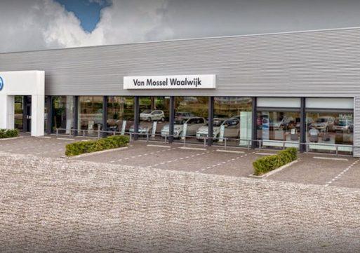 Van Mossel uit Waalwijk is grootste autobedrijf