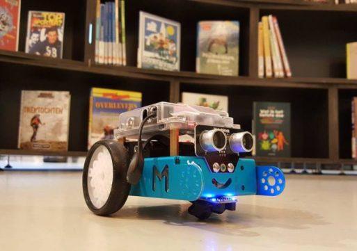 CoderDojo met mBot in de Bibliotheek Waalwijk